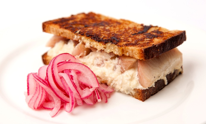 Smoked eel sandwich with onion pickle