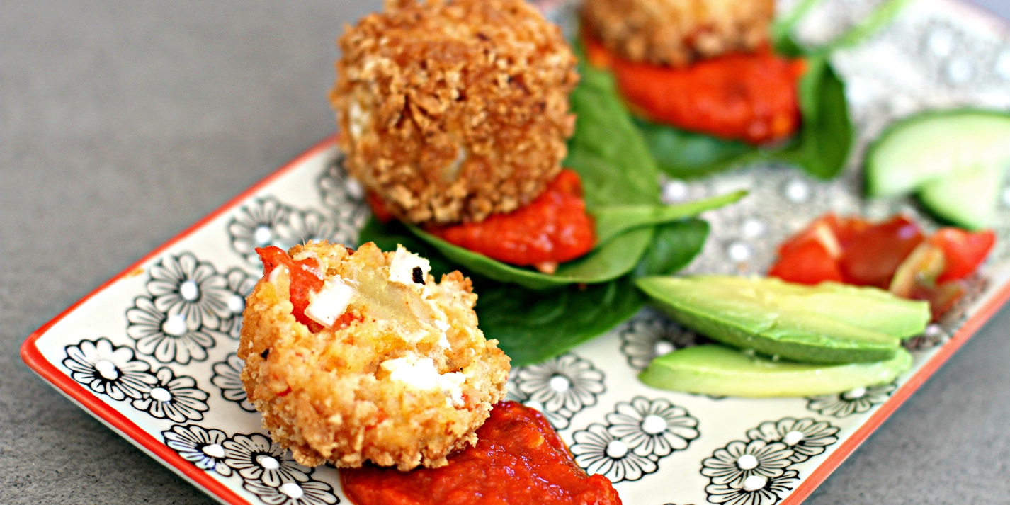 Red pepper and goat's cheese bites