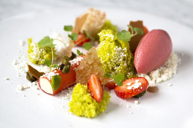 Strawberry, pistachio and white chocolate