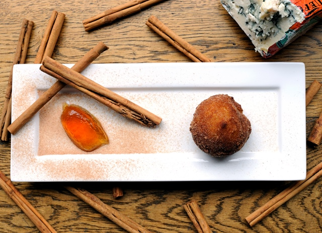 Roquefort and cinnamon doughnuts, white chocolate and cognac jelly