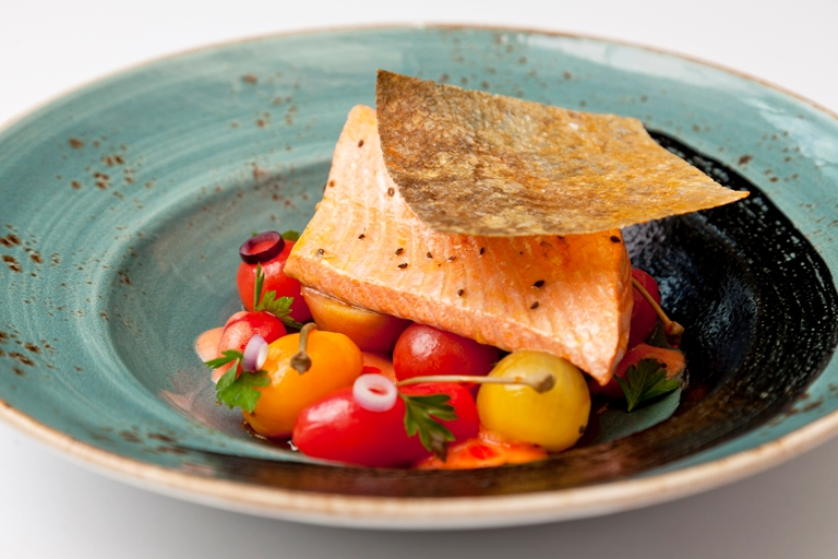 Alaska salmon with cherry tomato salad