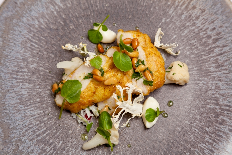 Veal sweetbreads with ras el hanout, cauliflower purée, watercress and coriander