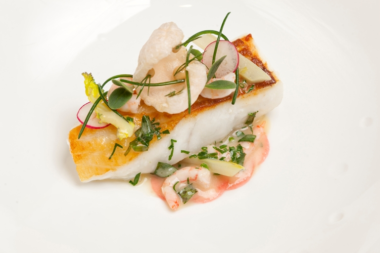 Turbot with prawns, braised fennel and borage