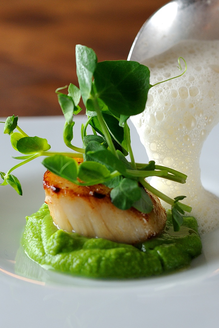 Scallops Recipe With Pea Pur 233 E Great British Chefs