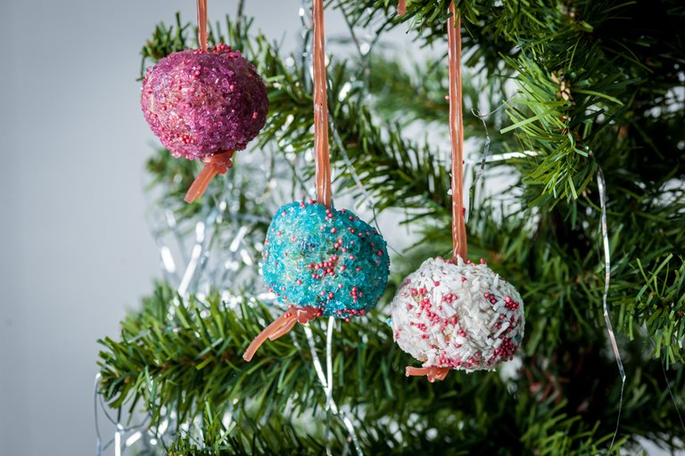 Edible Christmas Granola and yoghurt baubles