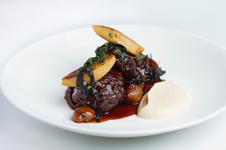 Daube of venison with quince and chestnuts