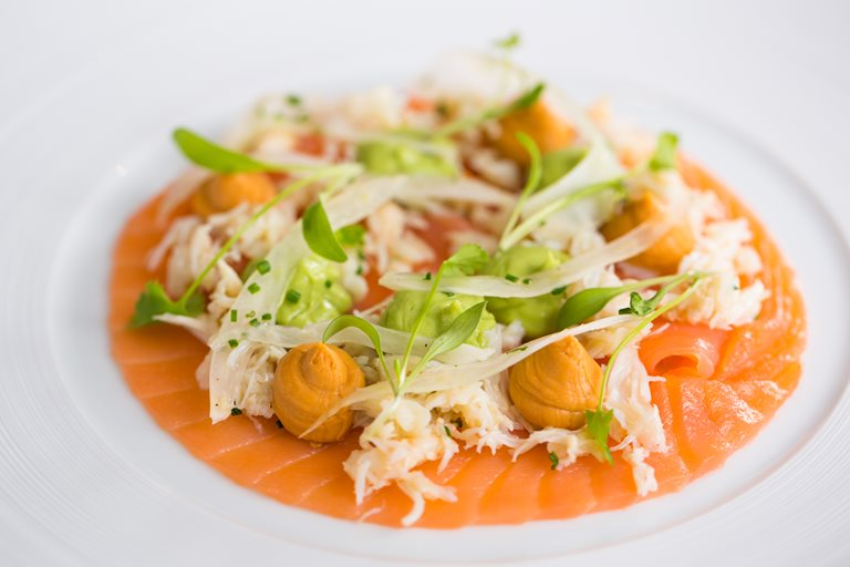 Crab and smoked salmon salad with avocado, fennel and apple