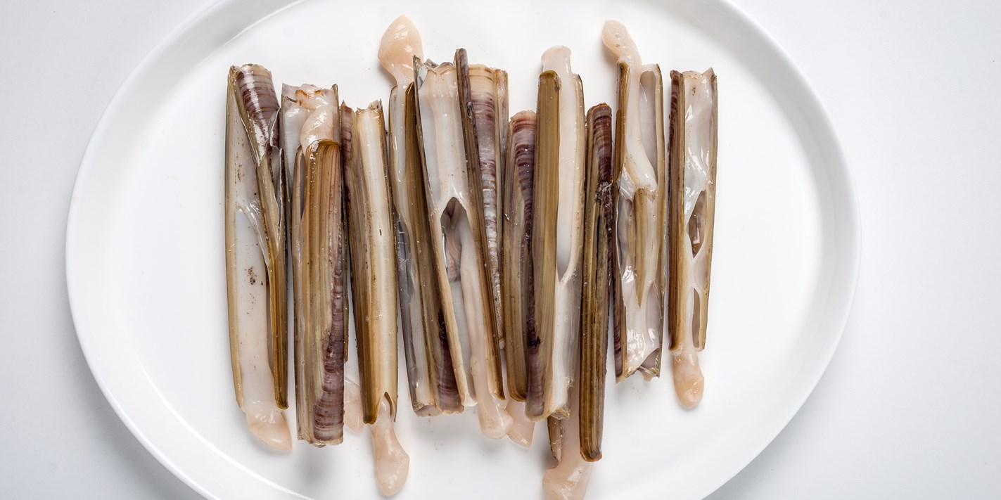 how to prepare and cook razor clams