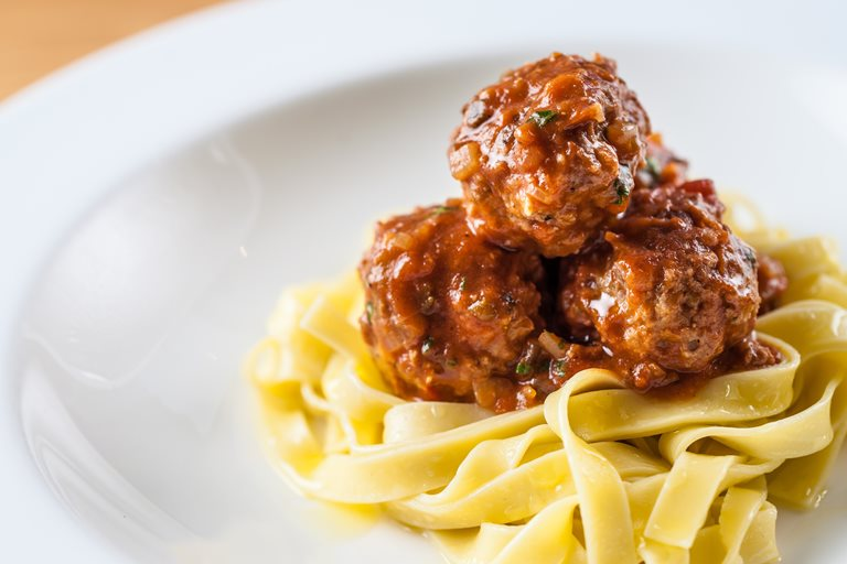 Pork meatballs with tagliatelle