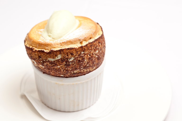Pistachio soufflé with pistachio ice cream
