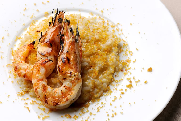 Grilled prawns and poutargue risotto