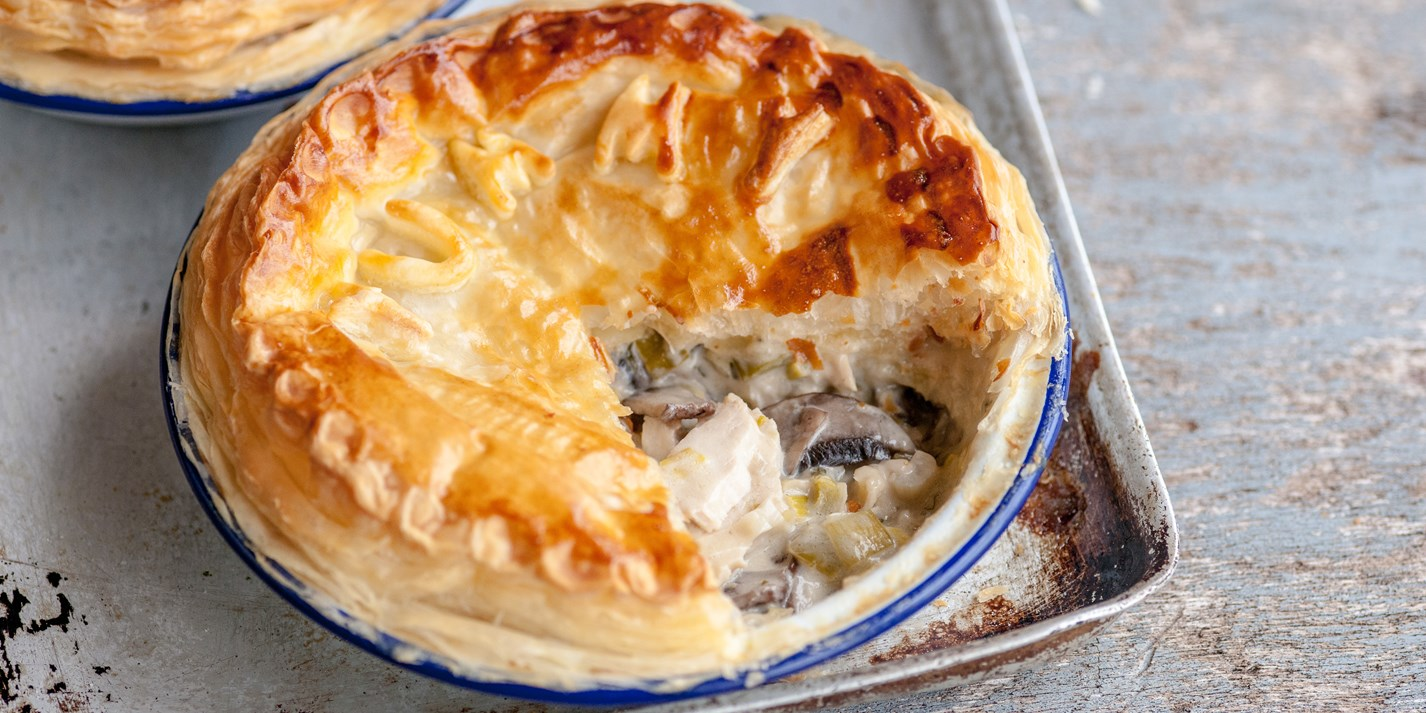 Cooking delicacies: recipe for liver pie 57