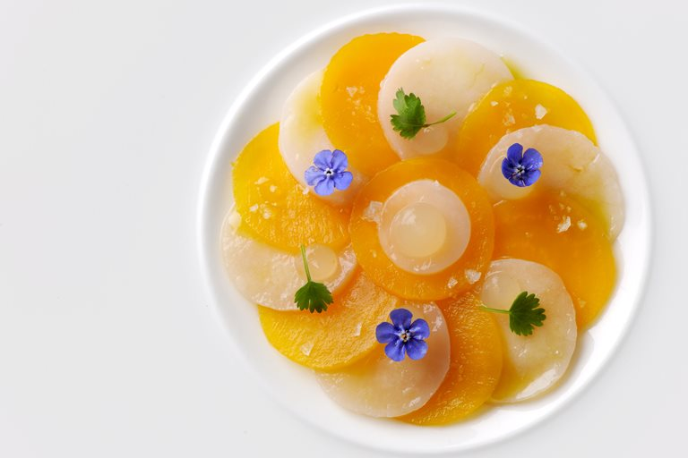 Scallop ceviche with pickled golden beetroot and apple and sorrel gel