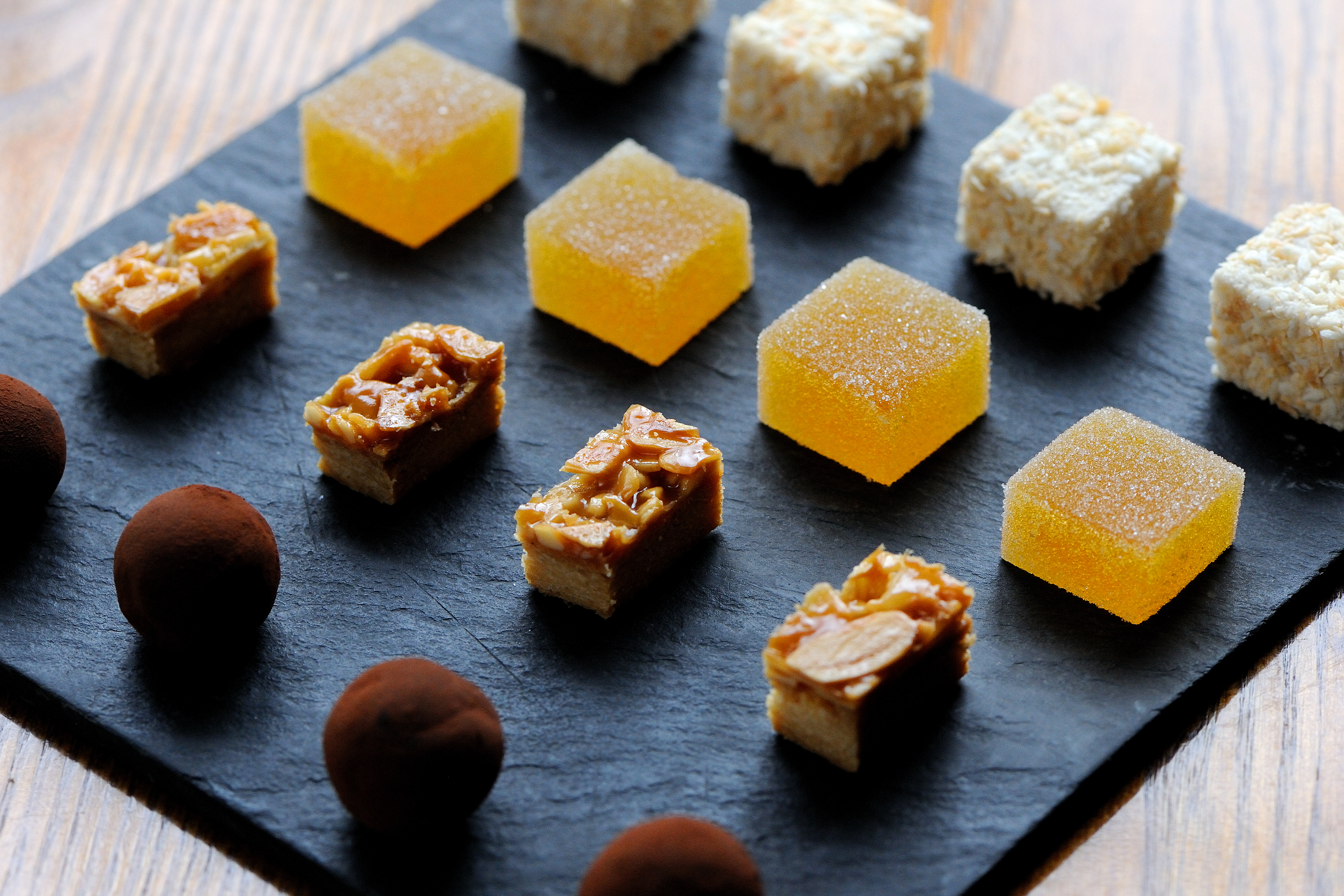 where-to-buy-petit-fours