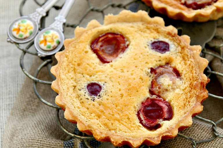 Cherry clafoutis tartlets