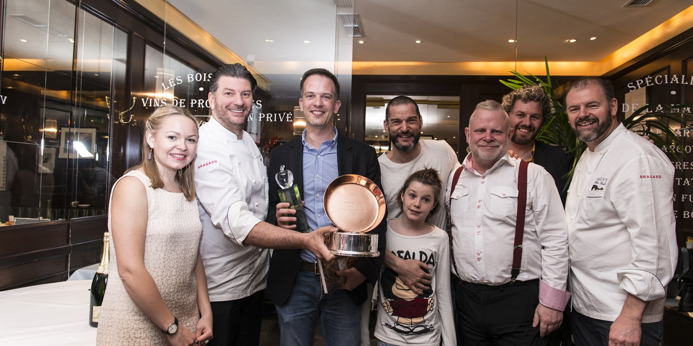 Galvin brothers give amateur bakers a bite of the apple