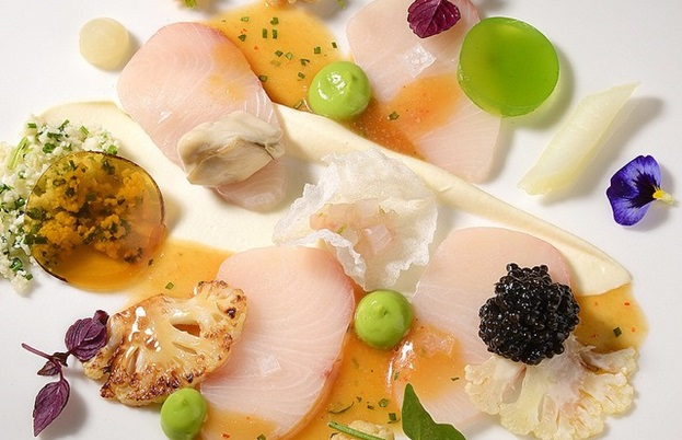 Hamachi with cauliflower and vegetables