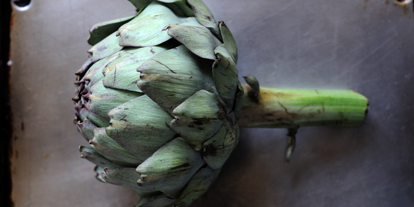 How to prepare an artichoke
