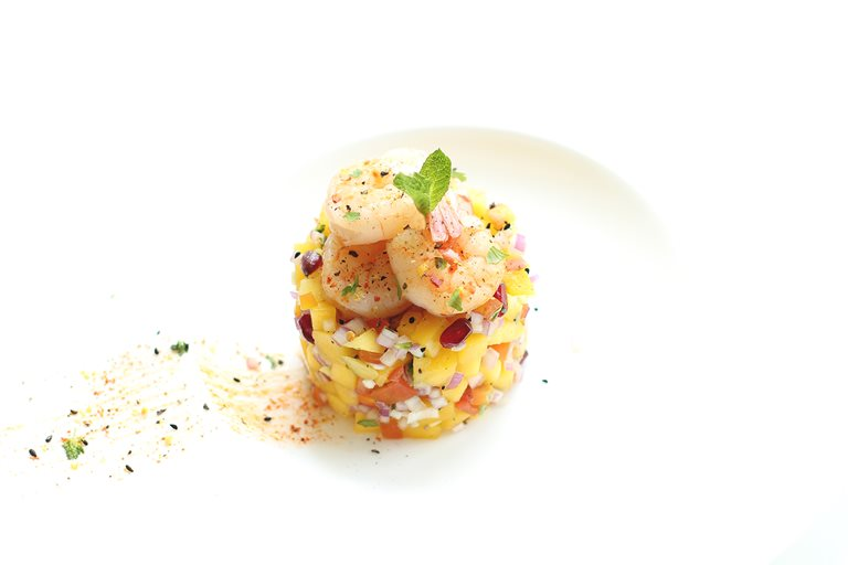 Sriracha grilled king prawns with mango salsa