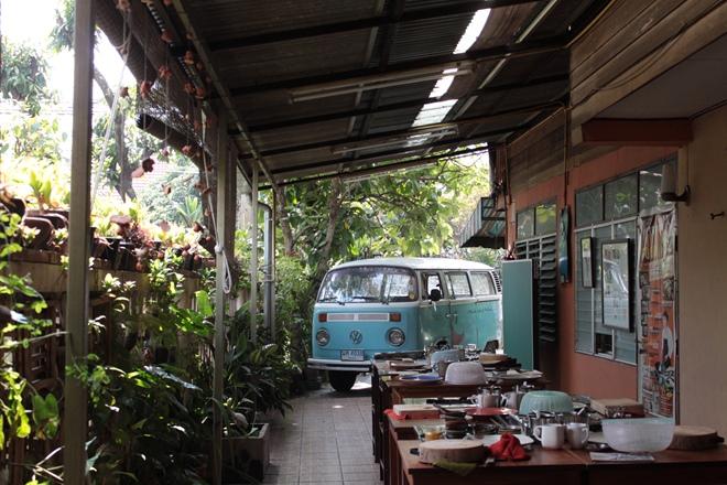 3895371ae63aec Thai home cooking classes at A Lot of Thai