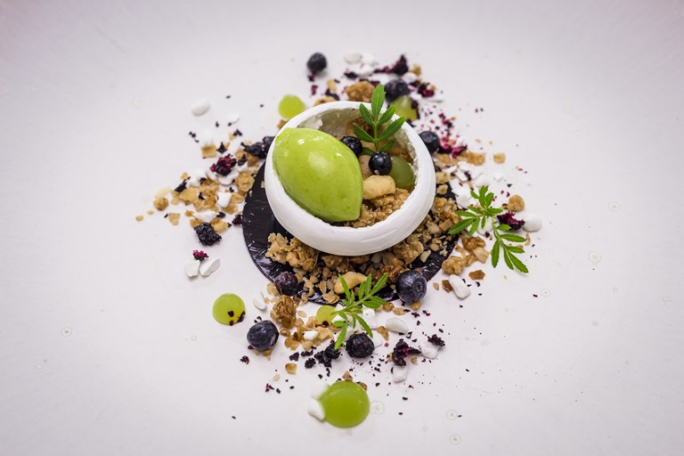 Bilberry, meringue, Granny Smith sorbet and salted granola