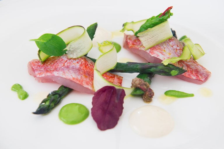 Red mullet with purple asparagus, mayonnaise, salad of gin and lemon