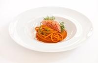 Benedetto Cavalieri Spaghettone with red prawns and wild fennel