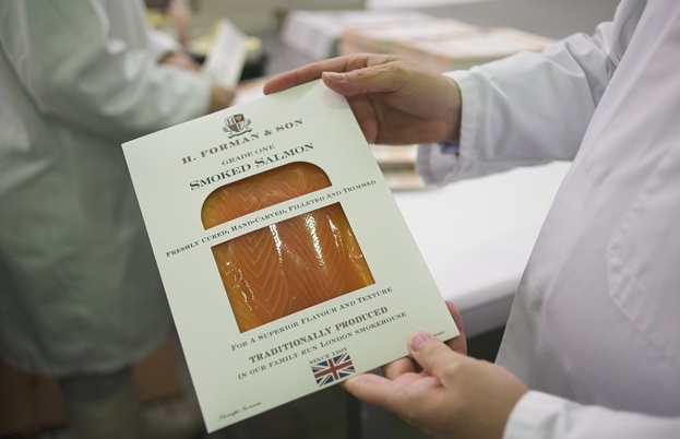 Packaged smoked salmon