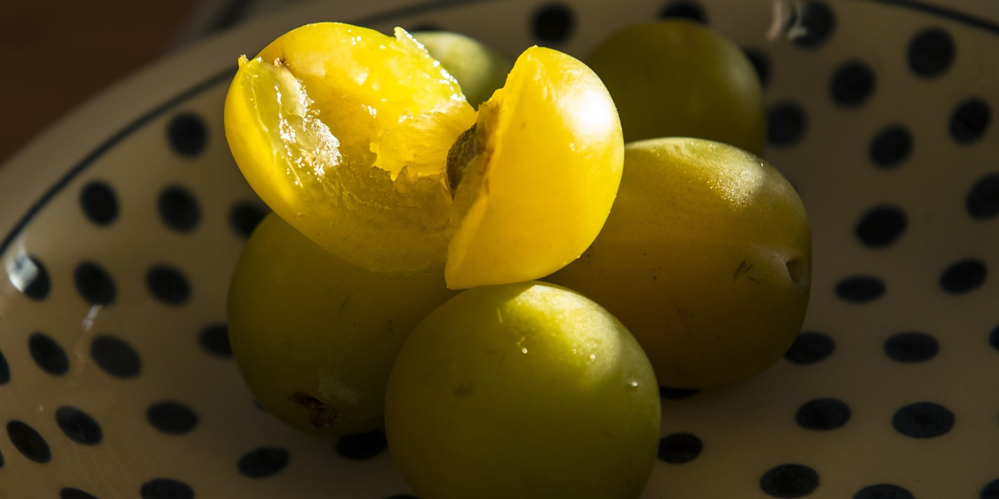 How to make greengage jam
