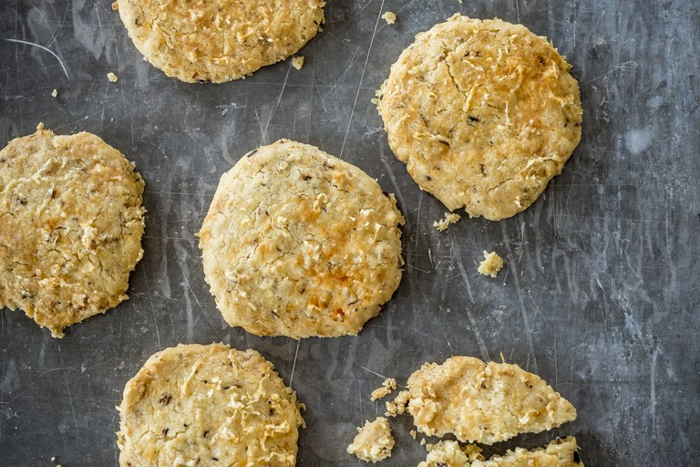 Cheese oatcakes