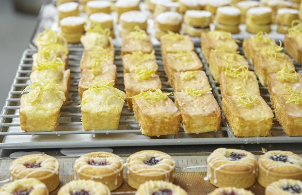 Rows upon rows of delicious miniature cakes