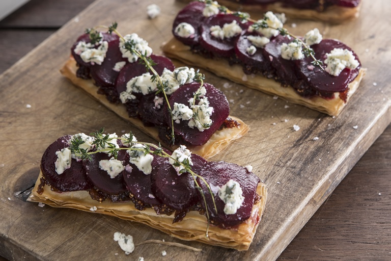 Beetroot and fig filo pastry tartlet with Oxford blue cheese