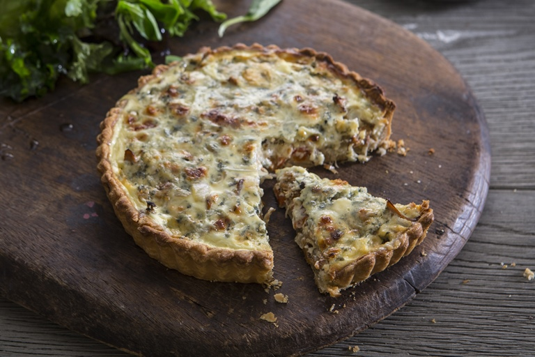 Stilton, mushroom and red pepper quiche