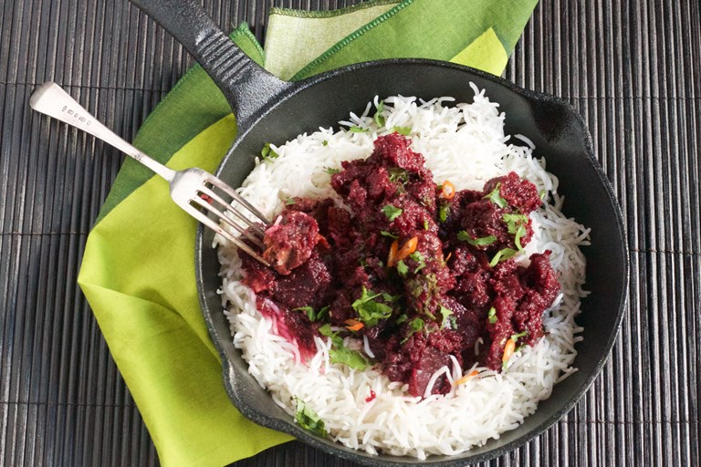Chaukandar gosht – Beetroot and beef curry with cinnamon and black cardamom
