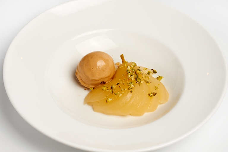 Poached pears with pain d'épice ice cream