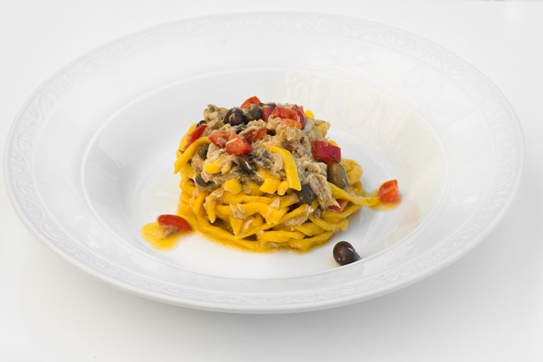Pasta alla chitarra with fresh mackerel, capers, tomatoes and Taggiasca olives
