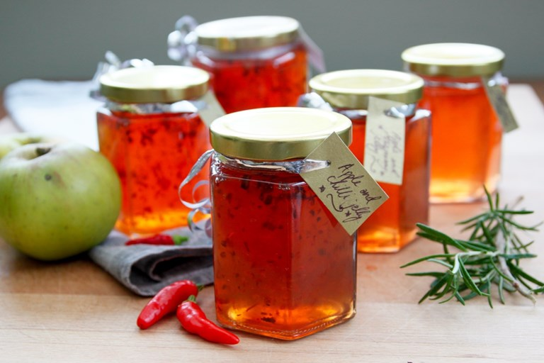 Festive apple preserve recipe great british chefs festive apple jellies recipe forumfinder Image collections