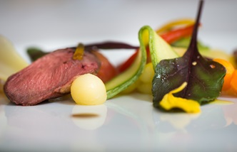 'Trigabolo 1994' – pigeon breast salad with crispy vegetables, candied orange and balsamic vinegar