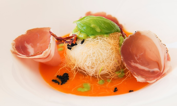 Burrata rolled in Kataifi pastry with unripe tomato sauce, Capocollo ham of Martina Franca and dehydrated olives