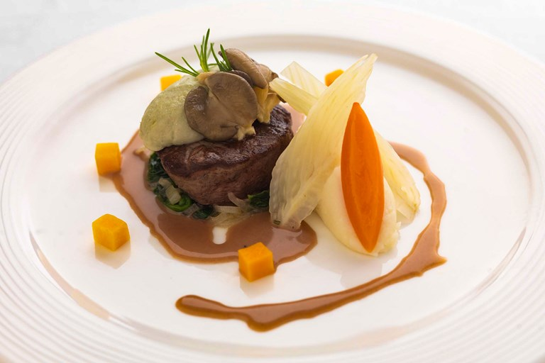 Beef fillet with blue cheese mousse