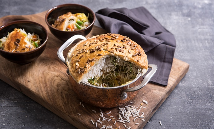Vegetable biryani pie
