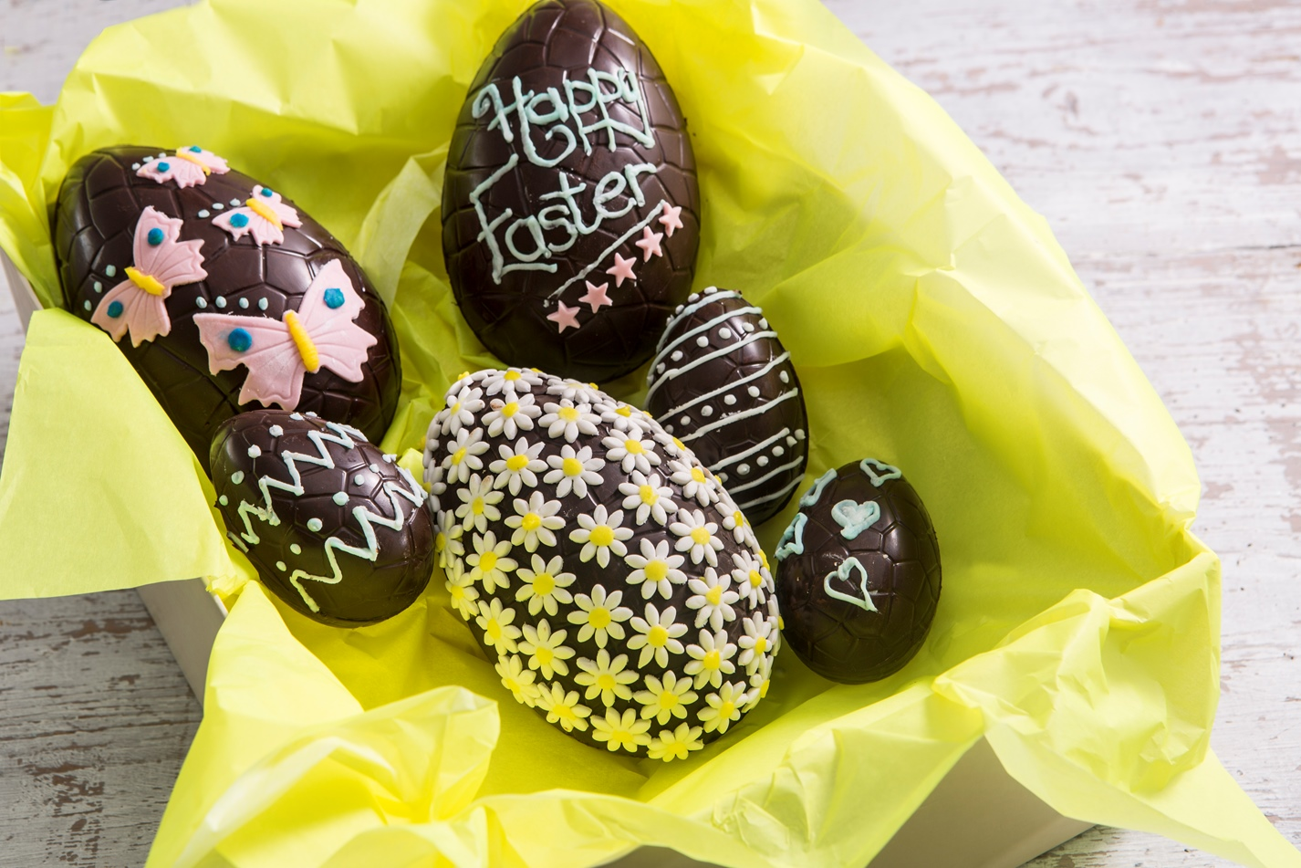 Five delicious homemade easter gifts great british chefs how to decorate an easter egg negle Gallery