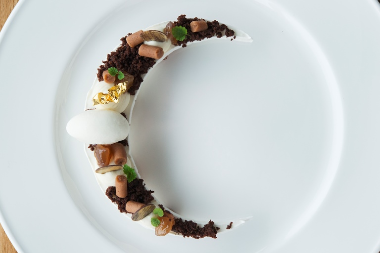 'Mont blanc' – chestnut ganache with chocolate, cream and meringue