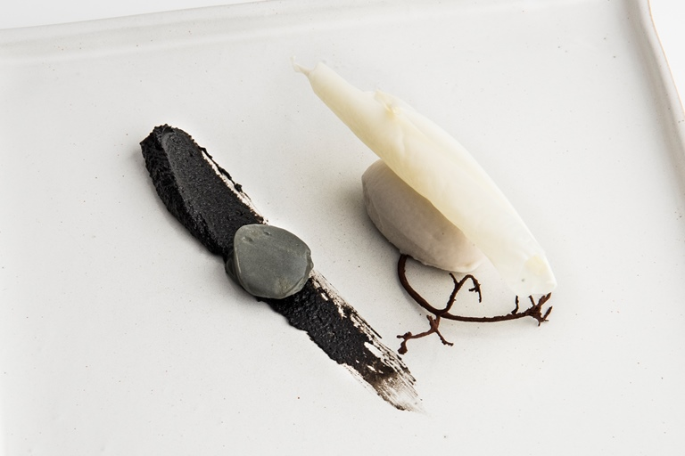 Birch ice cream with black bean paste, spicy cream and milk skin