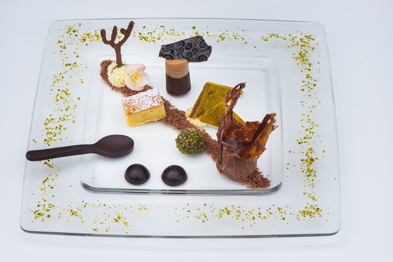 Shapes, tastes and textures of chocolate