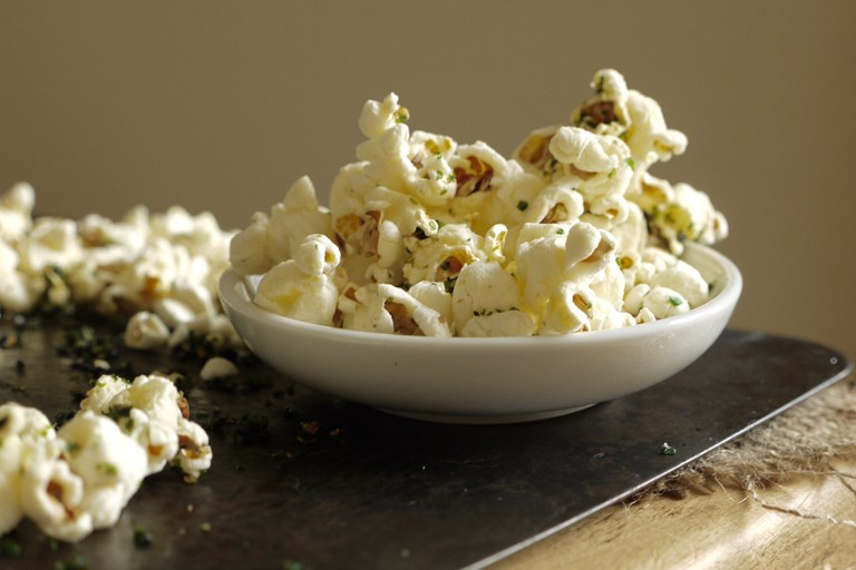 Sweet and salty nori popcorn