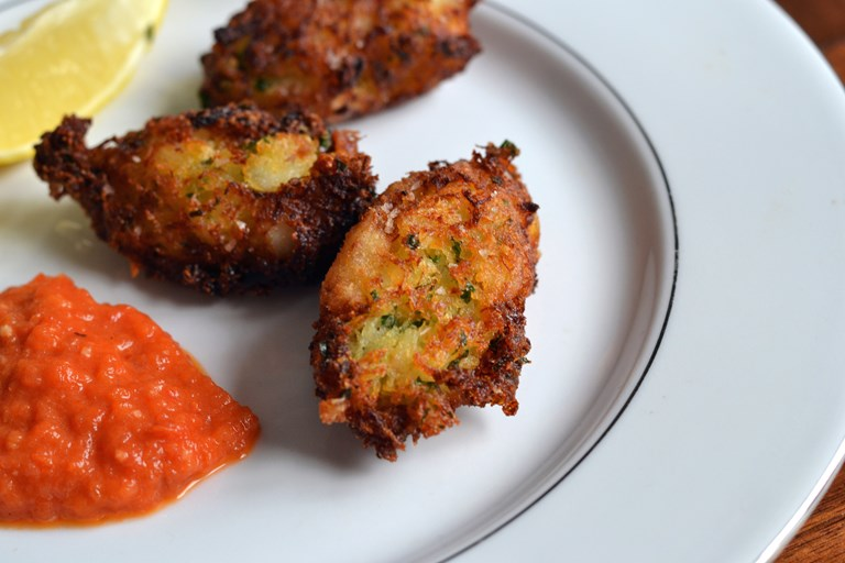 how to make fish cakes with salt cod