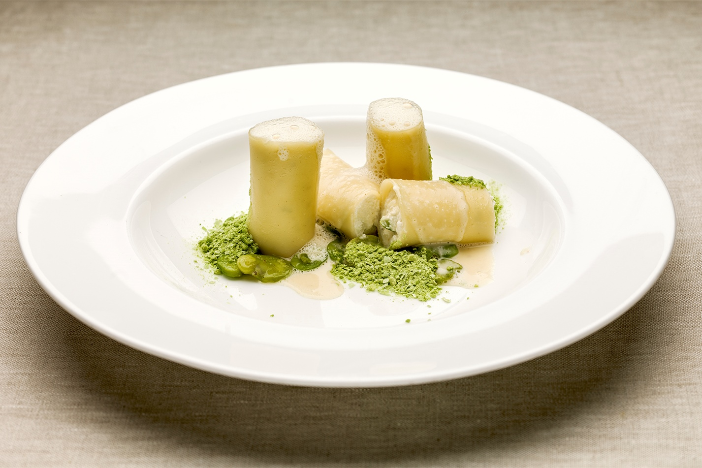 Mark Delia, Spain – Cannelloni with ricotta, broad beans and truffle foam