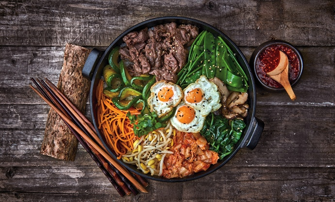 Bibimbap – mixed rice bowl with beef