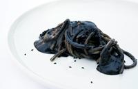 Black sesame spaghettone